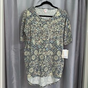 Lularoe Irma shirt NWT